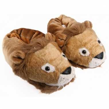 Leeuwen sloffen voor volwassenen